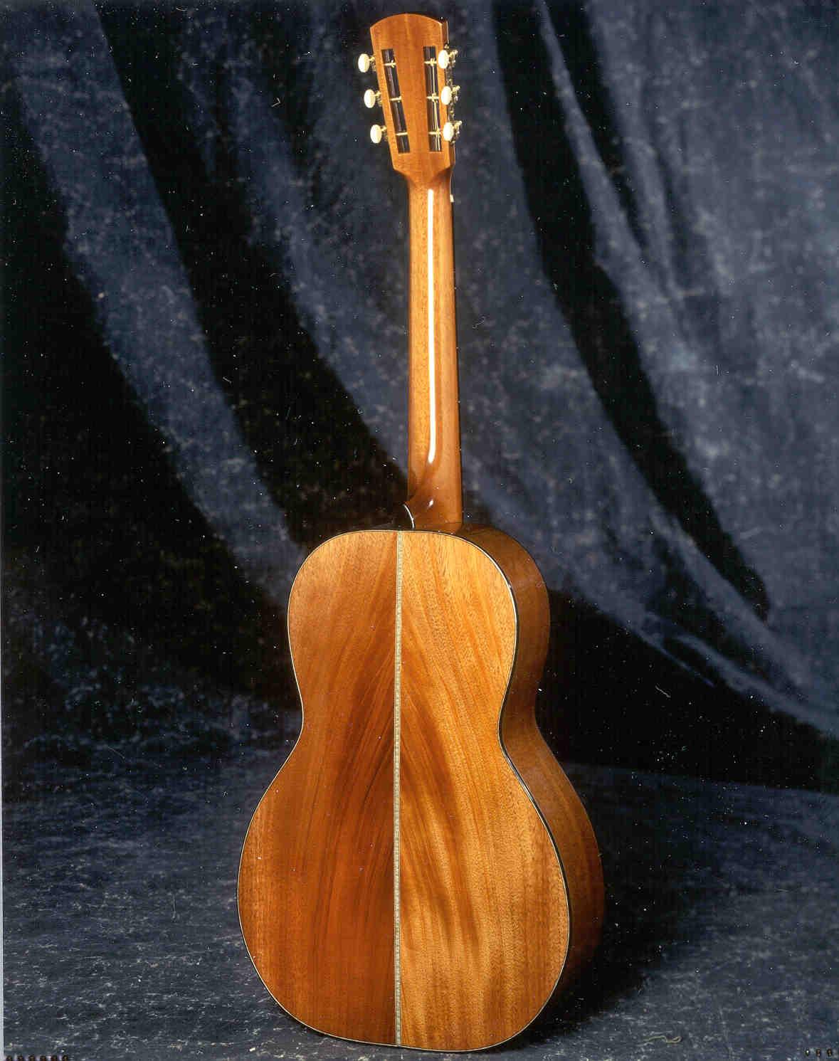 17-DEBACK300-Guitar-Luthier-LuthierDB-Image-9