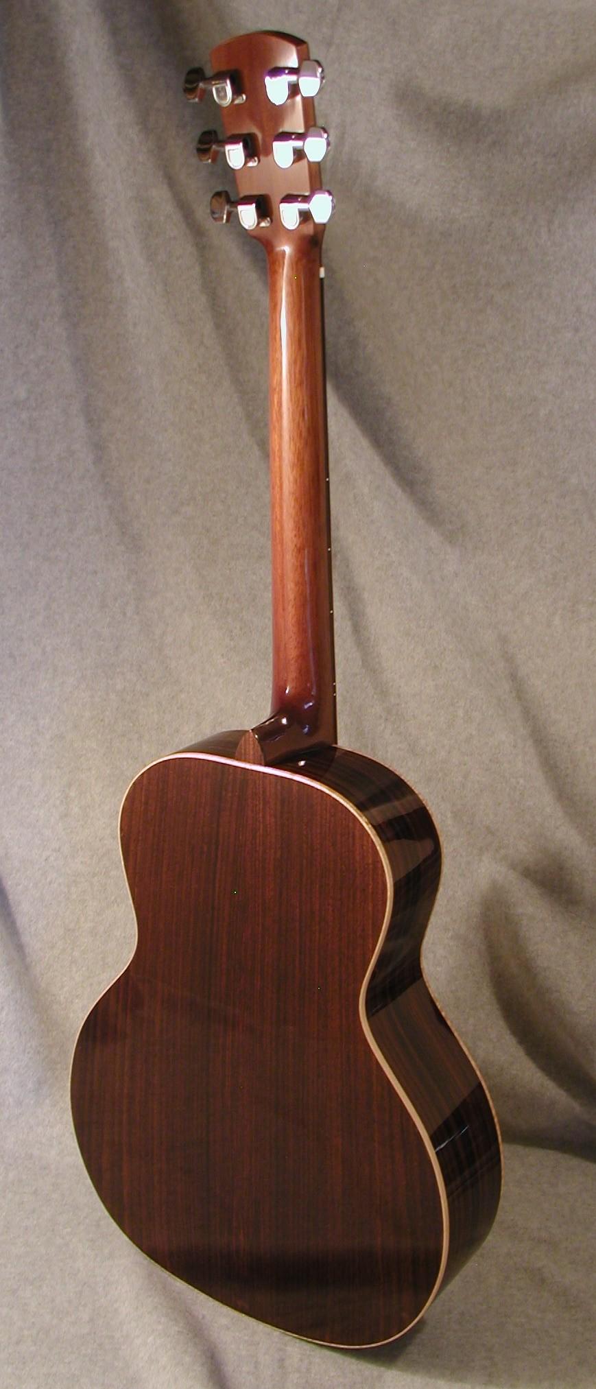 SerenadeB08-Crop-Guitar-Luthier-LuthierDB-Image-3